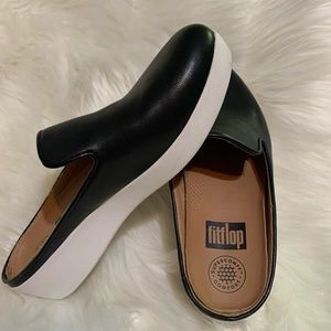 FitFlop slip on black leather shoes, size 5
